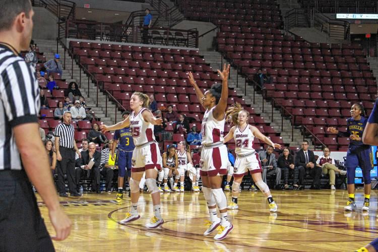 UMass women's basketball holds off La Salle, 69-66
