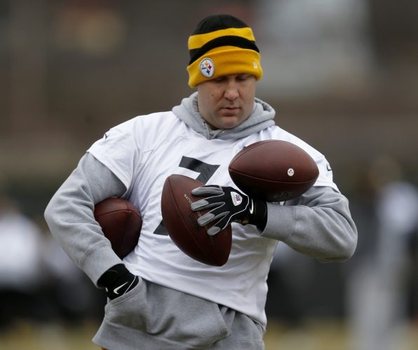 Ben Roethlisberger hoping to play up to Tom Bradys gold standard