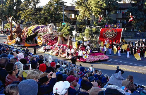 an introduction to the history of the 2000 rose bowl parade in pasadena california Pasadena is a city in los angeles, california and it is home to the rose bowl football game, as well as the annual tournament of roses parade pasadena was originally under the control of the spanish, in a land grant called rancho del rincon de san pascaul it was called this because it was.