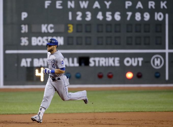Dustin Pedroia falls short of historic hitting streak