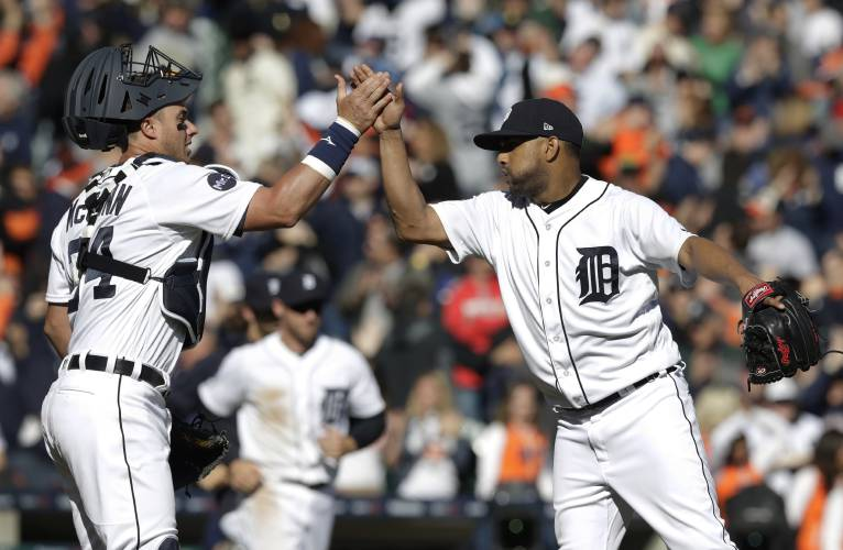 Tigers hold off Red Sox for 4-1 win