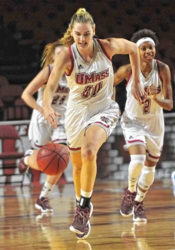 Maggie Mulligan on target in UMass women's basketball's ...