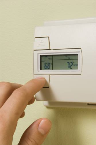 Do You Fight Over The Thermostat Here S How To Find A Happy