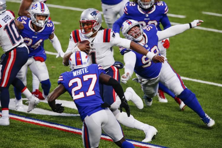 Free-falling Patriots' skid hits 4 following loss to Bills