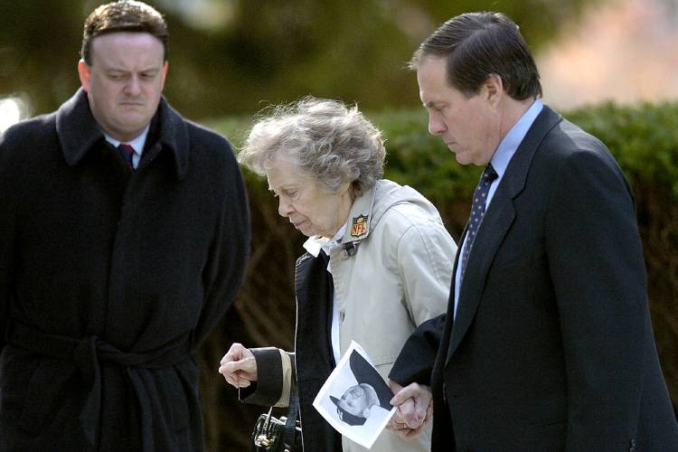 Patriots coach Bill Belichick's mother, Jeannette, dies at 98