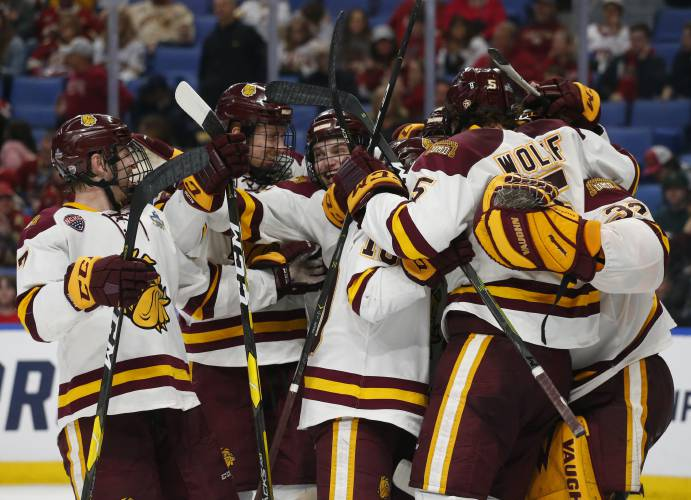 Defending Champion Minnesota Duluth Presents A Challenge For