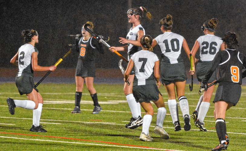Division 2 field hockey: South Hadley pushes Greenfield in 2