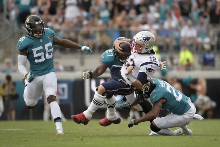 New England Patriots quarterback Tom Brady 6ee016801