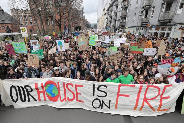 Columnist Marty Nathan: Get on the climate bus