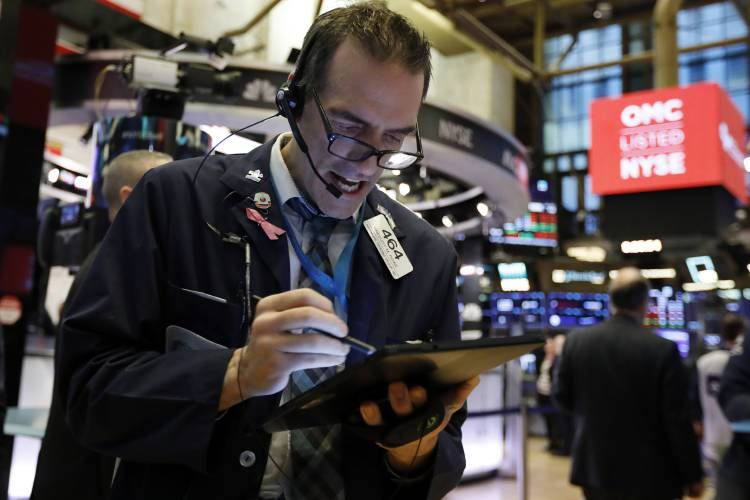 Dow drops over 1,000 on virus threat