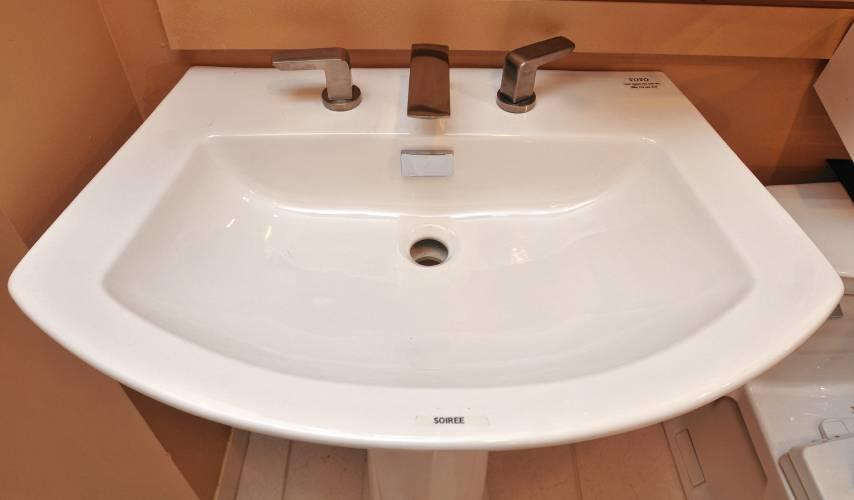 Mixing It Up The Latest Trends In Kitchen And Bath Designs - Webb bathroom design