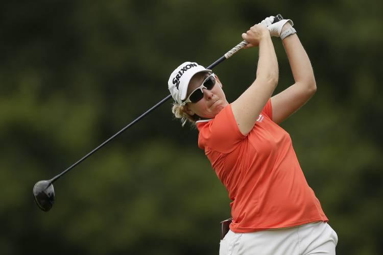 Shibuno holds off Salas to win Women's British Open