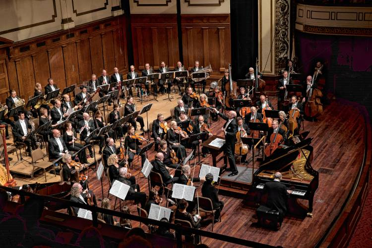 Spotlight: Springfield Symphony Orchestra celebrates women