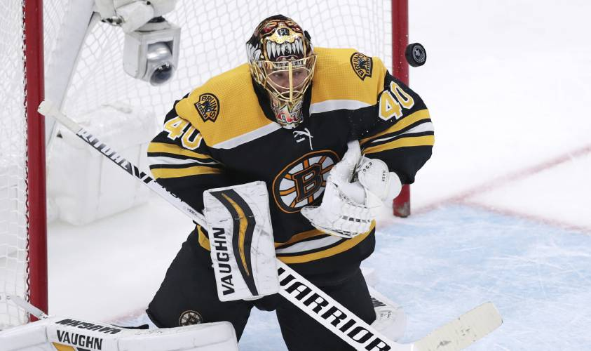 Early Goals Help Lift Bruins Beat Maple Leafs 5 1 In Game 7