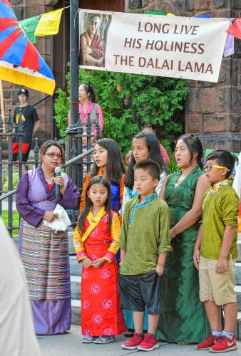 Tibetan community shares faith, food in honor of Dalai