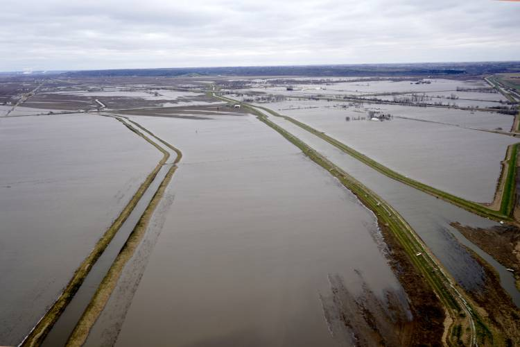 Army Corps takes heat over Missouri floods